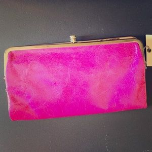 HOBO Clutch Wallet  NWT Pansy is the color